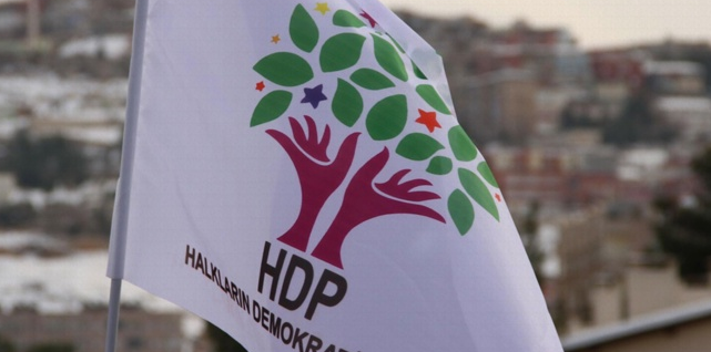 Kayyum atamaları sonrası bomba iddia! HDP kapatılıyor mu?