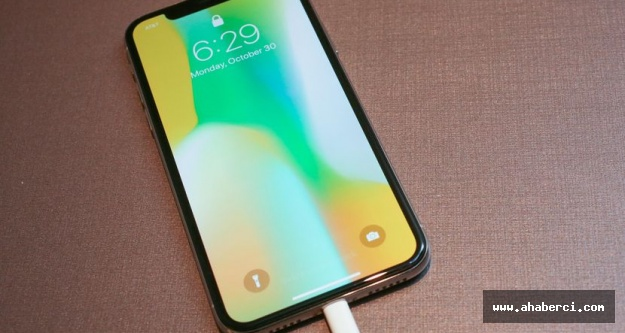 Apple iPhone X üretimini durduruyor mu?